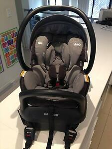 MAXI COSI MICO AP with ISOFIX - EXCELLENT CONDITION Mascot Rockdale Area Preview