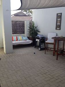Fifo housemate wanted 3/1 or 4/1 Aubin Grove Cockburn Area Preview