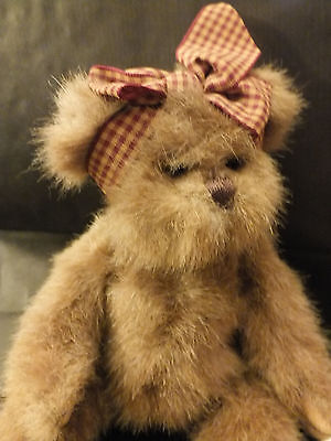 Bearington Gardener bear