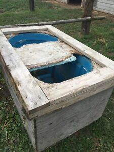 100 gallon insulated water trough