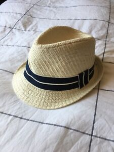 Boys Small/Medium Hat (Joe Fresh)