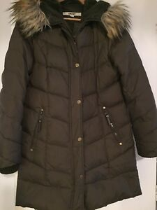 2 Manteaux d'hiver DKNY / small