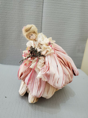 Hand Made Corn Husks  Doll #2 ~11