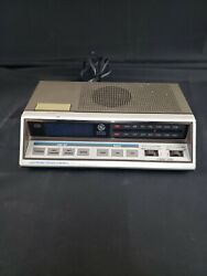Vintage General Electric Touch Control Alarm Radio Model 7-4663A