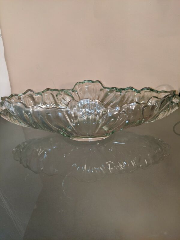 Jeanette Clear Pressed Glass Gondola Banana Boat Centerpiece/Fruit Bowl