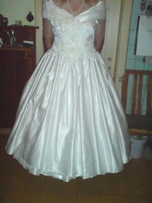 ein Brautkleid/Kostüm in weiß Gr - Weiße Kostüm Kleid