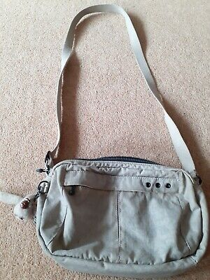 Kipling handbag,shoulder bag. Medium. Grey. Martine monkey keying.Jachin.