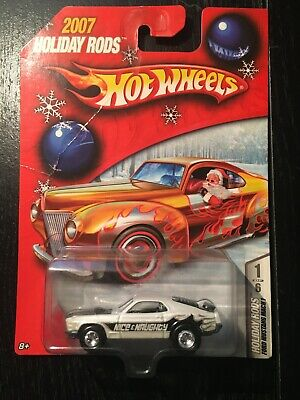 Hot Wheels 2007 Holiday Hot Rods Ford Mustang Mach 1 In White Real Riders