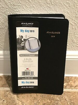 At-a-glance 2019 Daily One Page My Day Planner Calendar Black 70-203-05