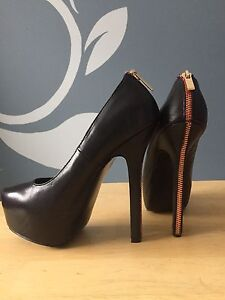 High heels, six pairs!!! Size 6