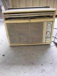 Window air conditioner Glendenning Blacktown Area Preview