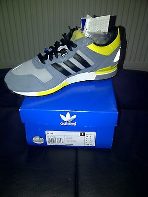 Deadstock... Adidas ZX700...Retro unisex Trainers size 6 uk