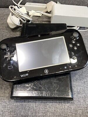 Nintendo Wii U Mariokart 8 (built In)  Bundle 32gb - FAST FREE POST