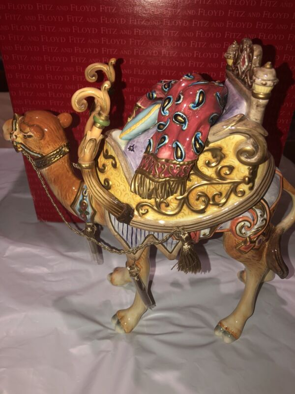 Brand New in Box Fitz & Floyd Babylonian Camel 19/206 Standing Figure