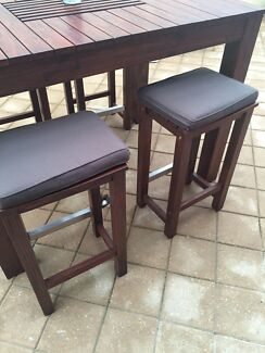 BBQ Table and stools Golden Grove Tea Tree Gully Area Preview