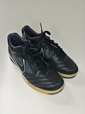 Nike Men's Gato Indoor Soccer Shoe sz. 9 Black White Flats 415123-001