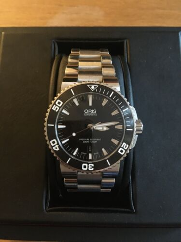 Oris Aquis Date 43mm Automatic Swiss Divers Watch. Excellent  Condition. - watch picture 1