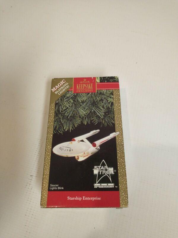 Star Trek Hallmark Keepsake 1991 USS Starship Enterprise Christmas Tree Ornament