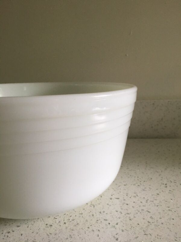 Vintage Pyrex Mixing Bowl #27  Mixer Ribbed White Milk Glass