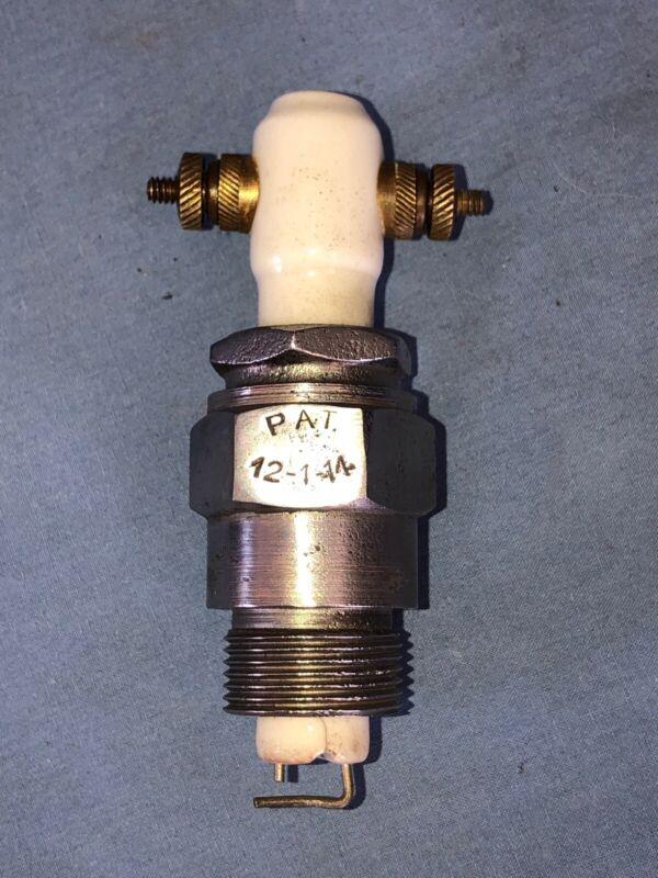 SU-DIG 1914 Vintage Antique Series Spark Plug