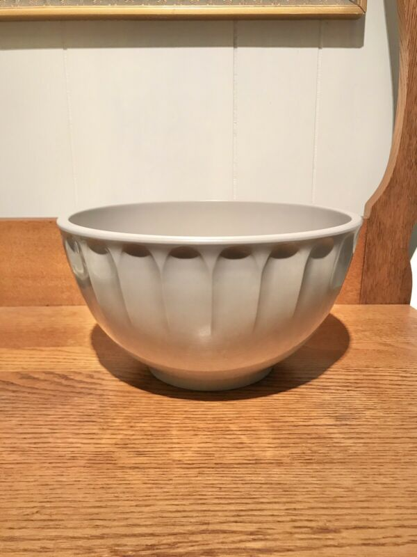 VTG BOONTON Ware Grey Melamine #511C 4Q MIXING NESTING BOWL MADE IN USA