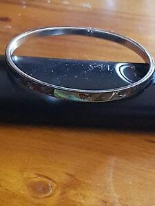 paua shell / ábalone& mother of pearl shell bangle 7 cm from NZ Lockleys West Torrens Area Preview