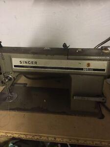 SINGER 591 sewing machine