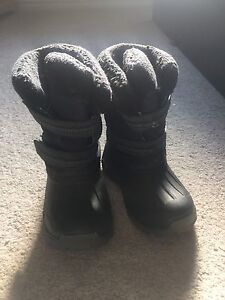 Kids Winter boots- size 8
