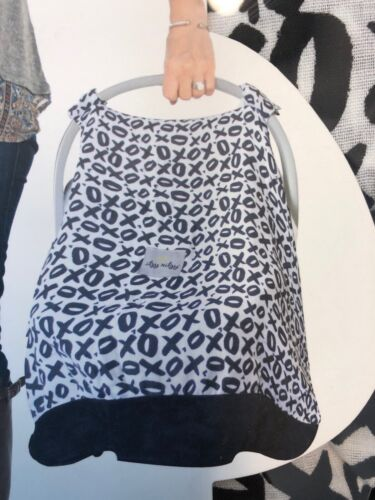 itzy ritzy Cozy Happens Muslin Infant Car Seat Canopy With Hugs & Kissed XOXO