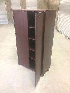 Bookcase / bookshelf / cabinet