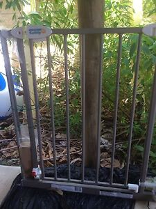 Baby Toddler Safety Gate Alexandra Headland Maroochydore Area Preview