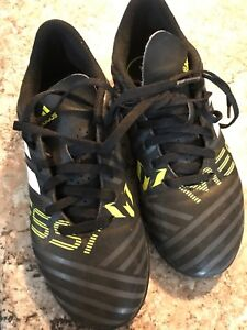 Awesome turf soccer shoes size 1 and 12.5.