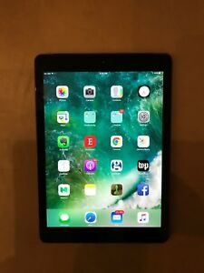 iPad Air 64 GB wifi cellular mint condition (Dunbar)