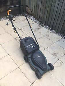 Ozito electric lawn mower McDowall Brisbane North West Preview