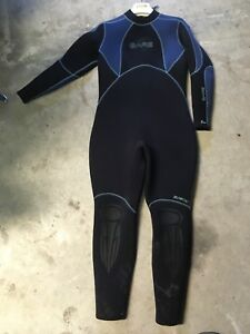 Used woman's 5mm wetsuit
