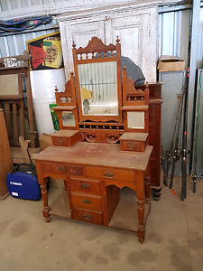 Huon pine dressing table Kadina Copper Coast Preview
