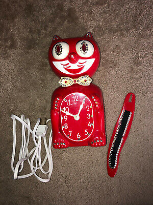 VINTAGE ELECTRIC RED KIT CAT KLOCK KAT CLOCK ORIGINAL USA BUILT WITH BOX
