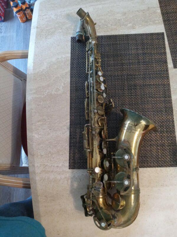 Antoine Courtois Brevete Saxophone Paris needs restoration 8 rue de nancy