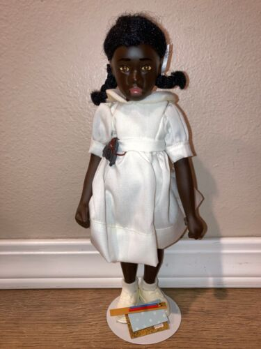 """VINTAGE 1981 NORMAN ROCKWELL CHARACTER DOLL WILMA 10"""" WITH BOX"""