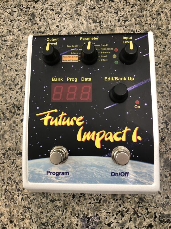 Panda Audio Future Impact 1 v3 Bass Synthesizer Pedal - MIDI Synth