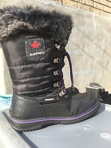 Girls superfit waterproof winter boots size 6