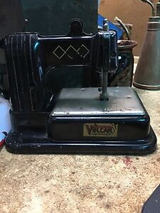 """Vulcan """"dumpy"""" toy sewing machine Dingley Village Kingston Area Preview"""