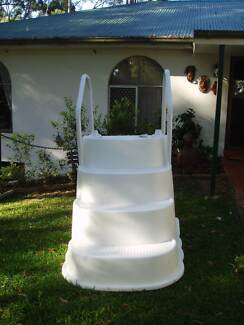 Wedding Cake Pool Steps Towen Mountain Maroochydore Area Preview