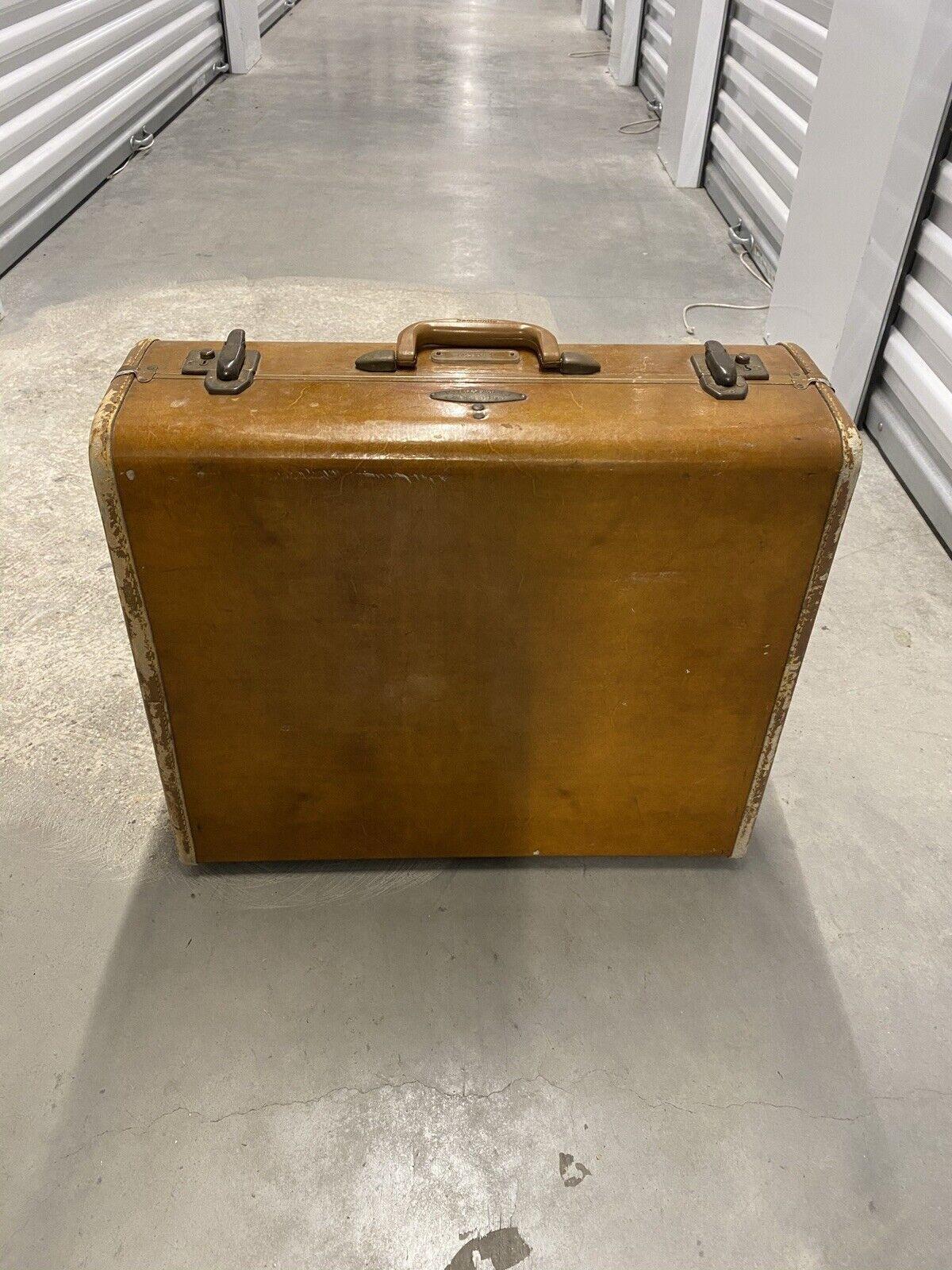 Vintage Brown Suitcase Luggage Hardshell 21 X 12 X 8  - $13.50