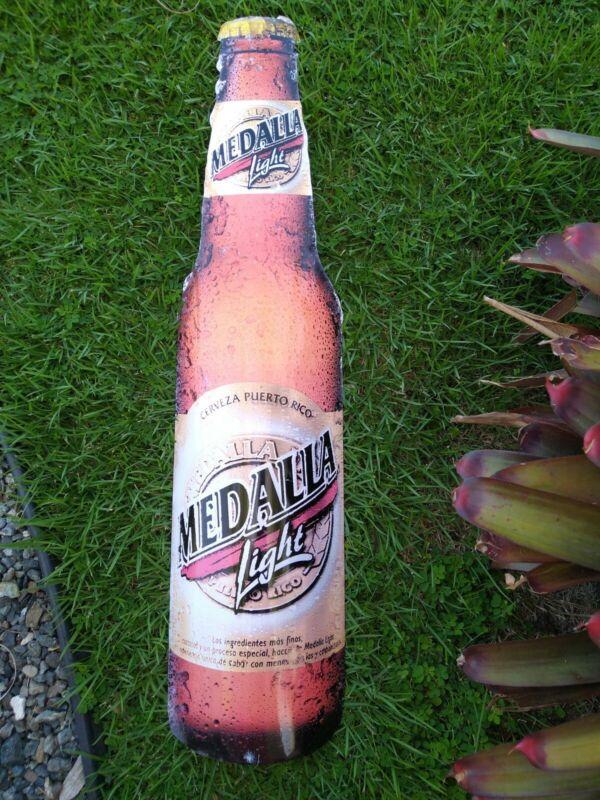 Puerto Rico 🇵🇷 Vintage Cerveza Medalla Light Beer Original Metal Sing Rare!!