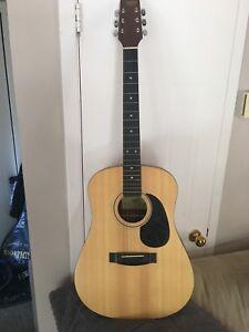 Guitare Tradition à vendre