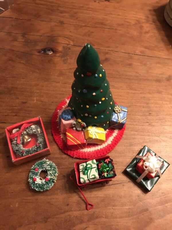 dollhouse miniatures Christmas