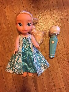 Singing Elsa Doll with microphone