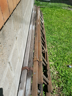 Vintage wooden extension ladders In great condition