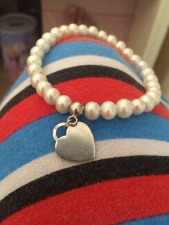 Sterling Silver Pearl Bracelet  Mount Lewis Bankstown Area Preview